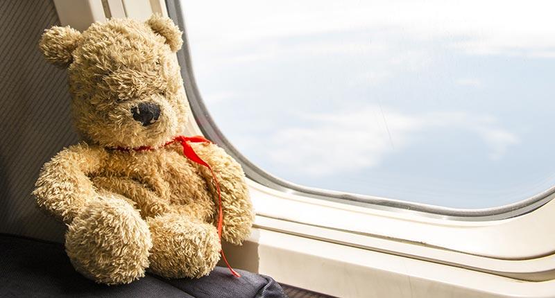 Op vakantie reizen met baby in het vliegtuig